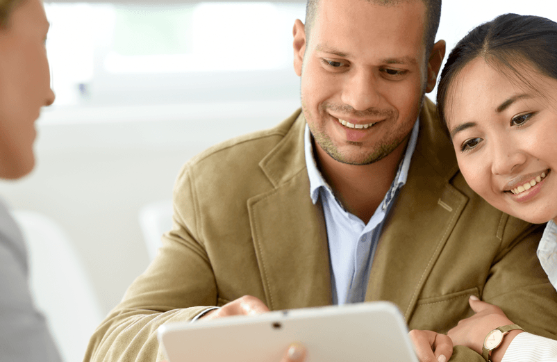 What Is Flex Financing and How Does It Work? Couple with Agent Image